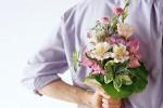 Как выбрать девушке букет цветов?